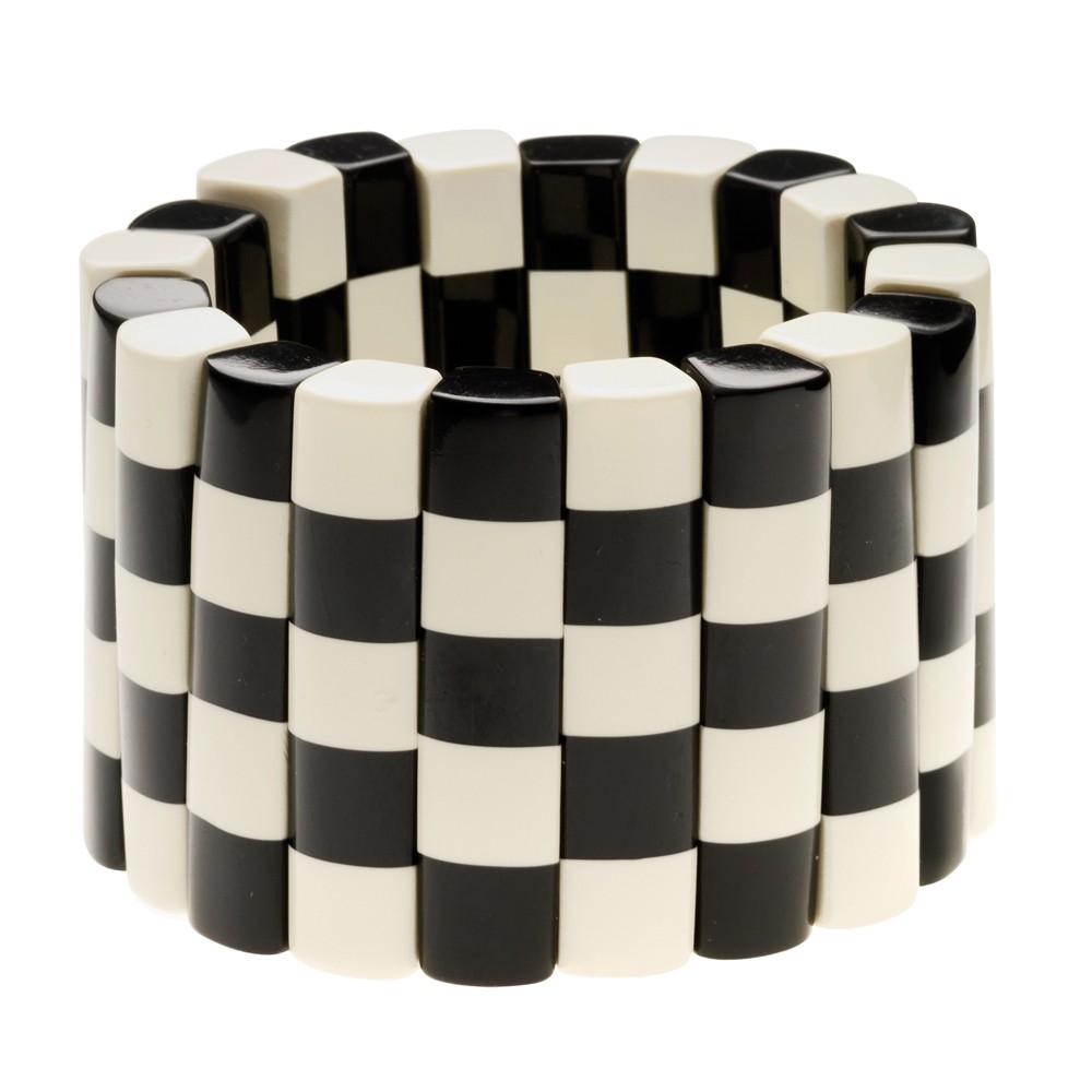 Damier noir et blanc trame de damier noir et blanc avec for Carrelage damier noir et blanc