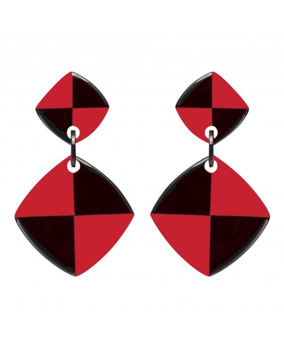 Boucles d'oreilles damier noir et rouge à clip en résine - Marion Godart
